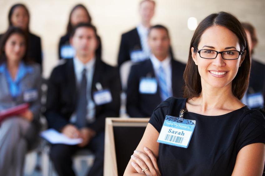 Cómo captar clientes con una conferencia