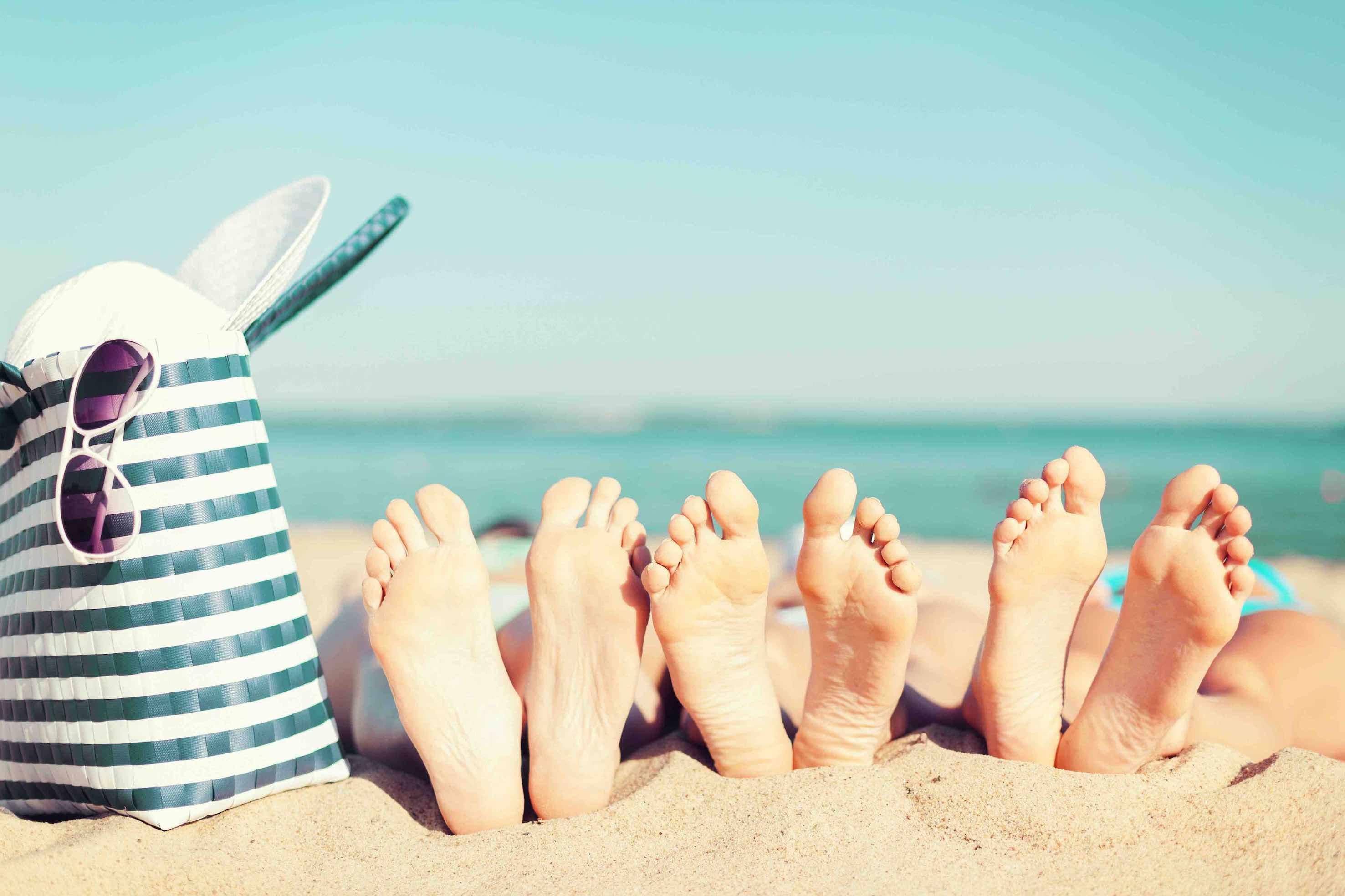 Amigas disfrutando de la playa