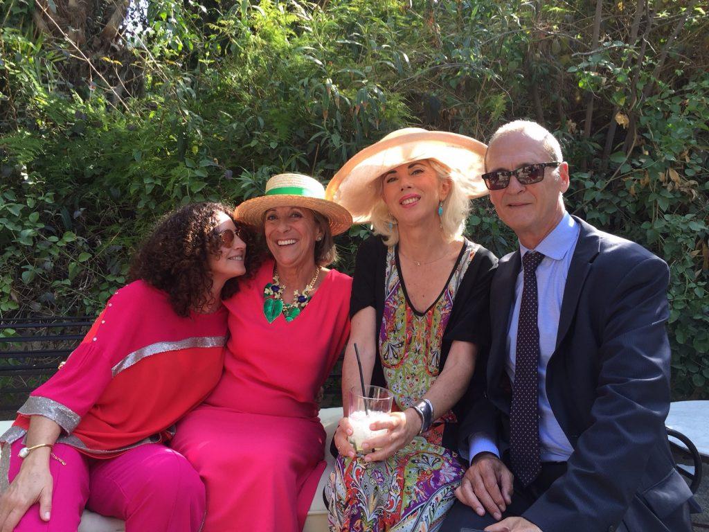 Amigos en una boda, como se disfruta cuando se está a gusto y en buena compañía!